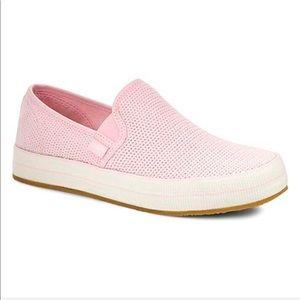 💕UGG Pink Slip On - Cancer Month October